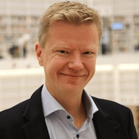 Томас Седеліус, професор політичних наук в Університеті Даларни (Швеція)