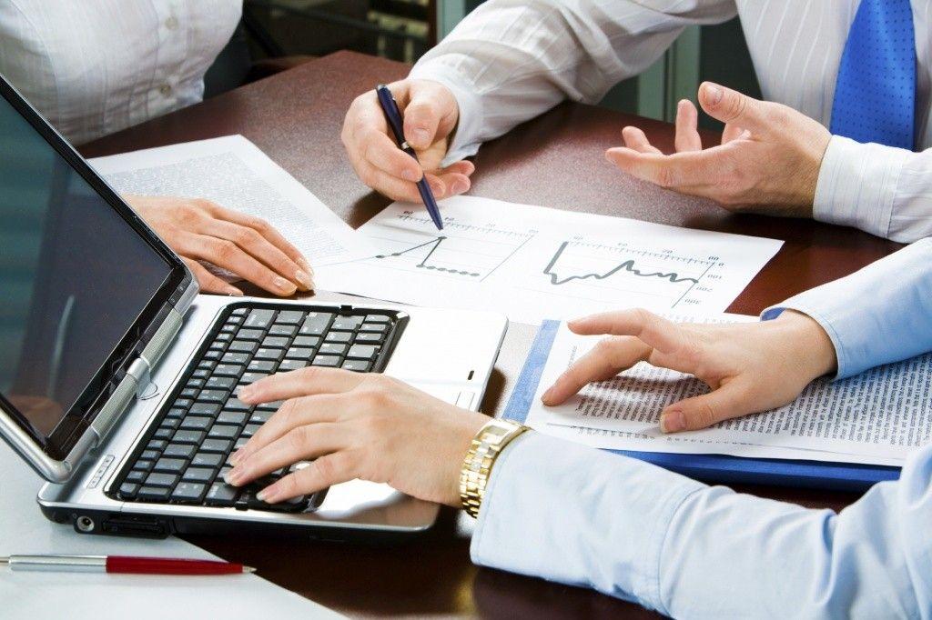 Хто і Як Розподіляє Кошти Платників Податків на Наукові Дослідження в Галузі Економіки