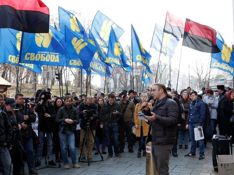 Voting, Identity and Security Threats in Ukraine