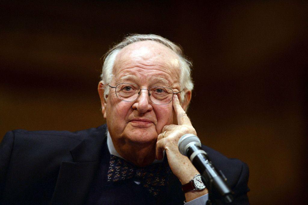 2015 Nobel Prize in Economics Goes to Angus Deaton