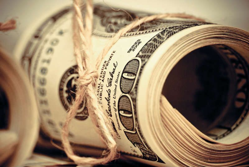 В Железных Тисках: Что Банкиры на Самом Деле Думают о Валютных Ограничениях