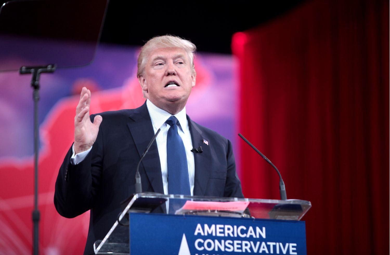 Кандидат на пост президента від Республіканців Дональд Трамп під час виступу на Конференції консервативних політичних дій у 2015 році. Фото: Гейдж Скідмор.