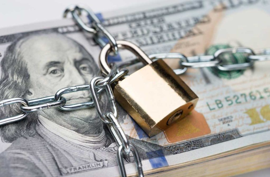 Мы предупреждали, они исполняют! )) ЦБ решил ограничить работу обменников валюты
