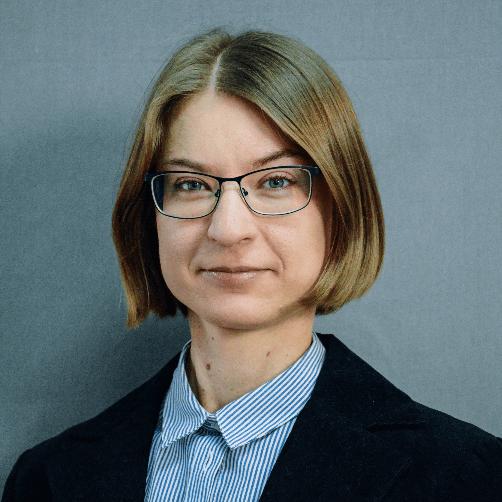 Олена Шкарпова