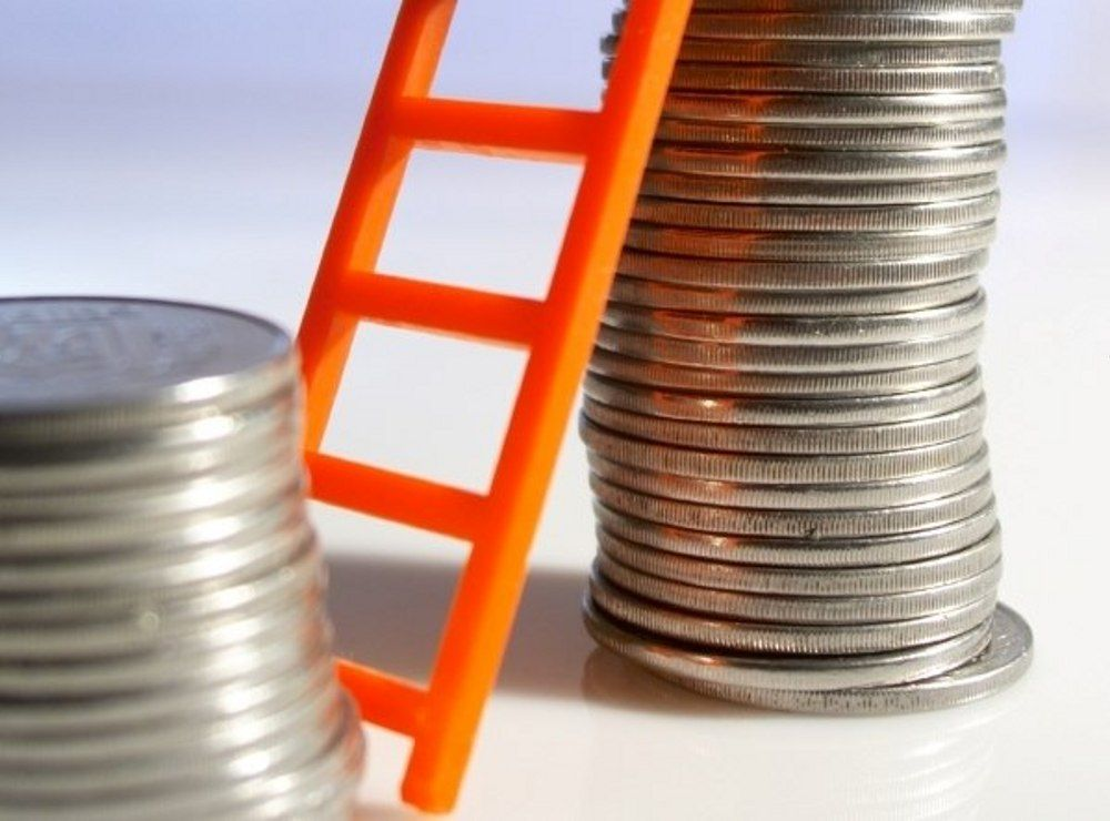 The Minimum Salary Raise in Ukraine: Why so Suddenly and at What Cost for the Economy?