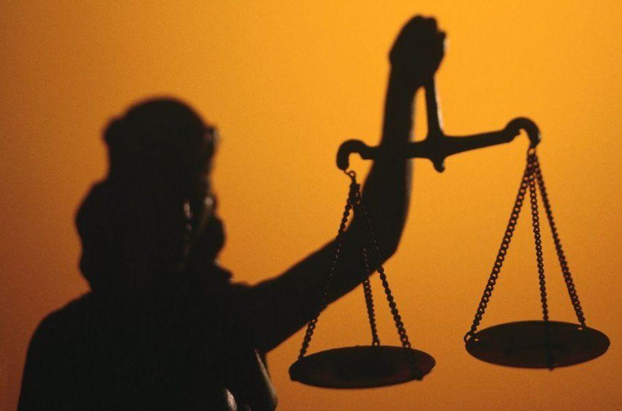 На одну зарплату, или Как выглядит декларация судьи, подозреваемого в преступлениях