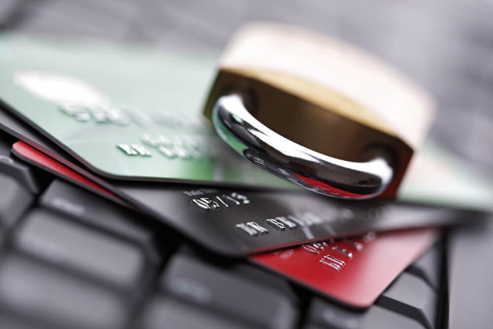 Тяжкий долг: неработающие кредиты, связанное кредитование и проблема расчистки кредитного рынка