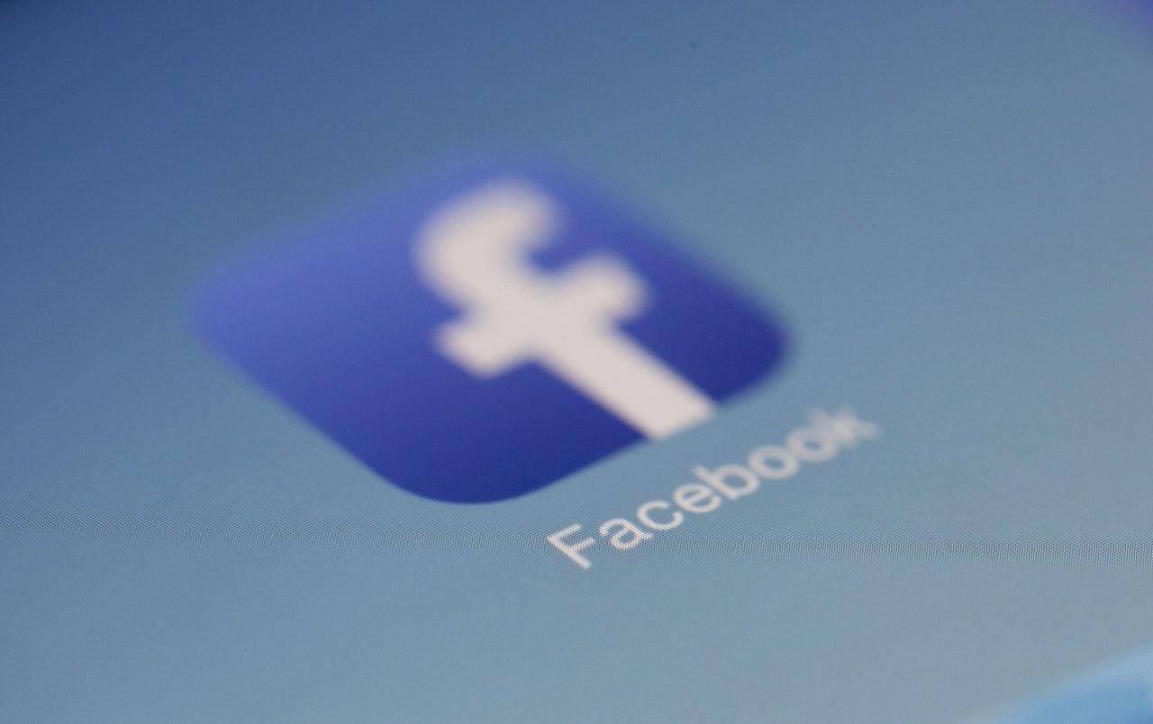 Facebook та ЗМІ: нещасливі разом або болюче розлучення
