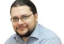 керівник програм дослідницького центру у галузі енергетики DiXi Group