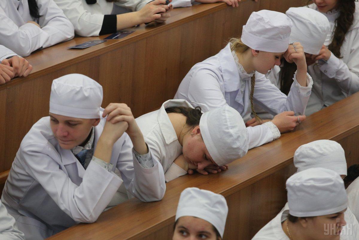 За «Крок» до реформи медичної освіти. Що не так з іспитами для студентів-медиків