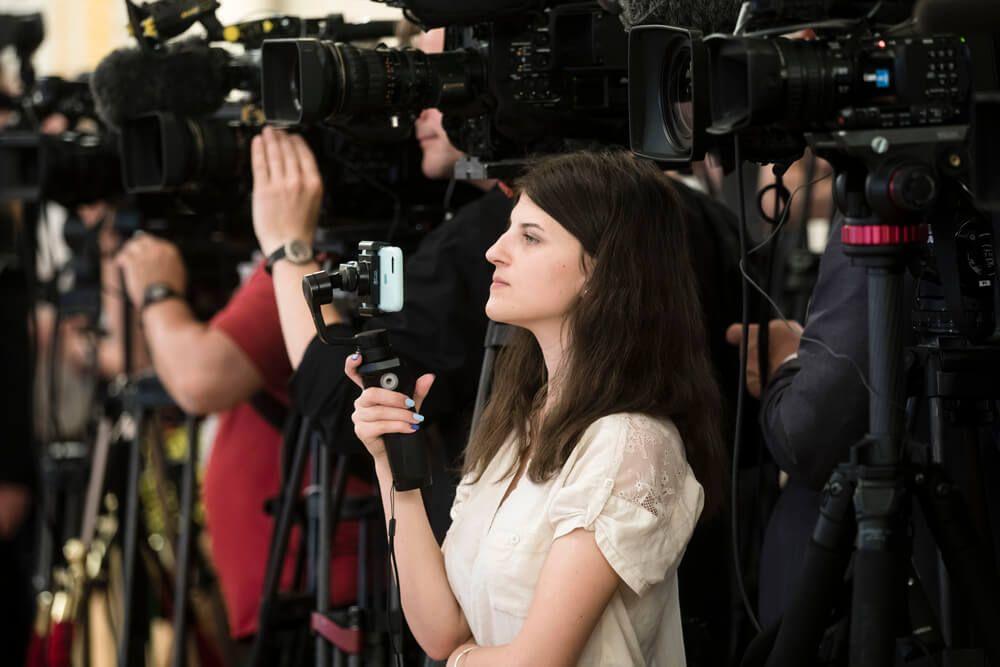 Яким є медійний простір потенційних кандидатів у президенти. Аналіз 200 000 новин