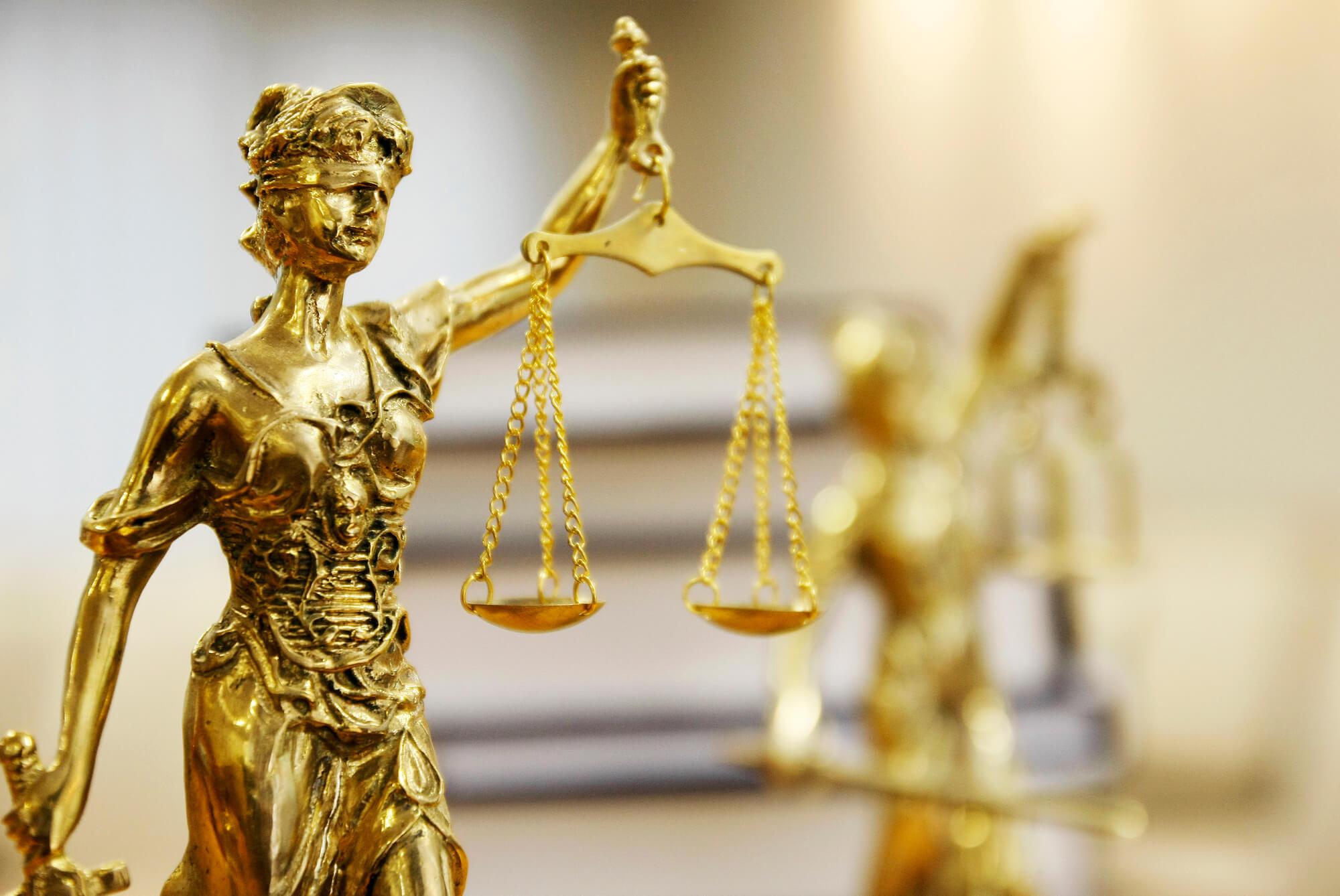 Що заважає українській судовій системі стати справді ефективною та незалежною?