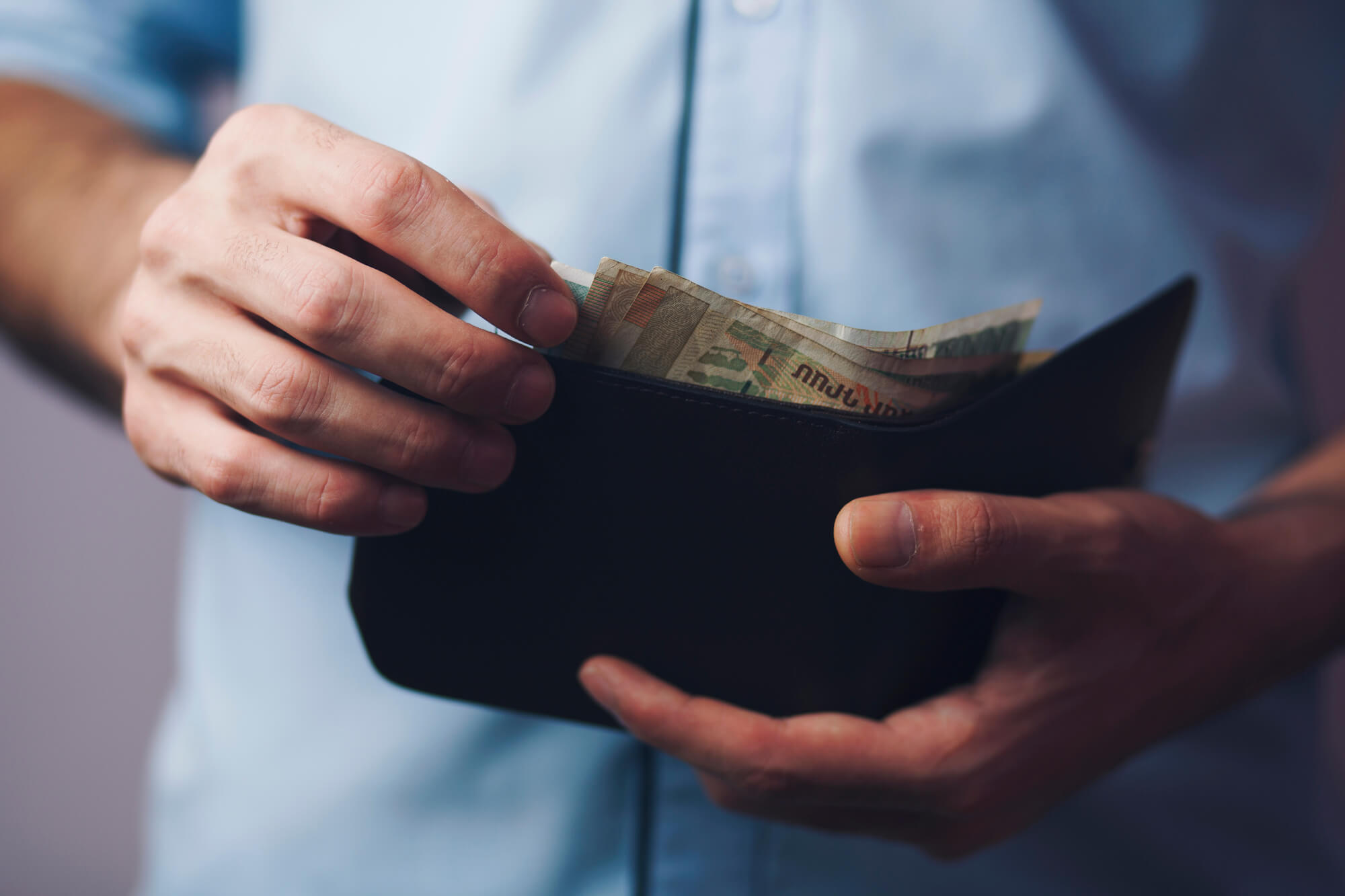 Not by Carrot Alone: Do High Salaries Help Fight Corruption in Public Office