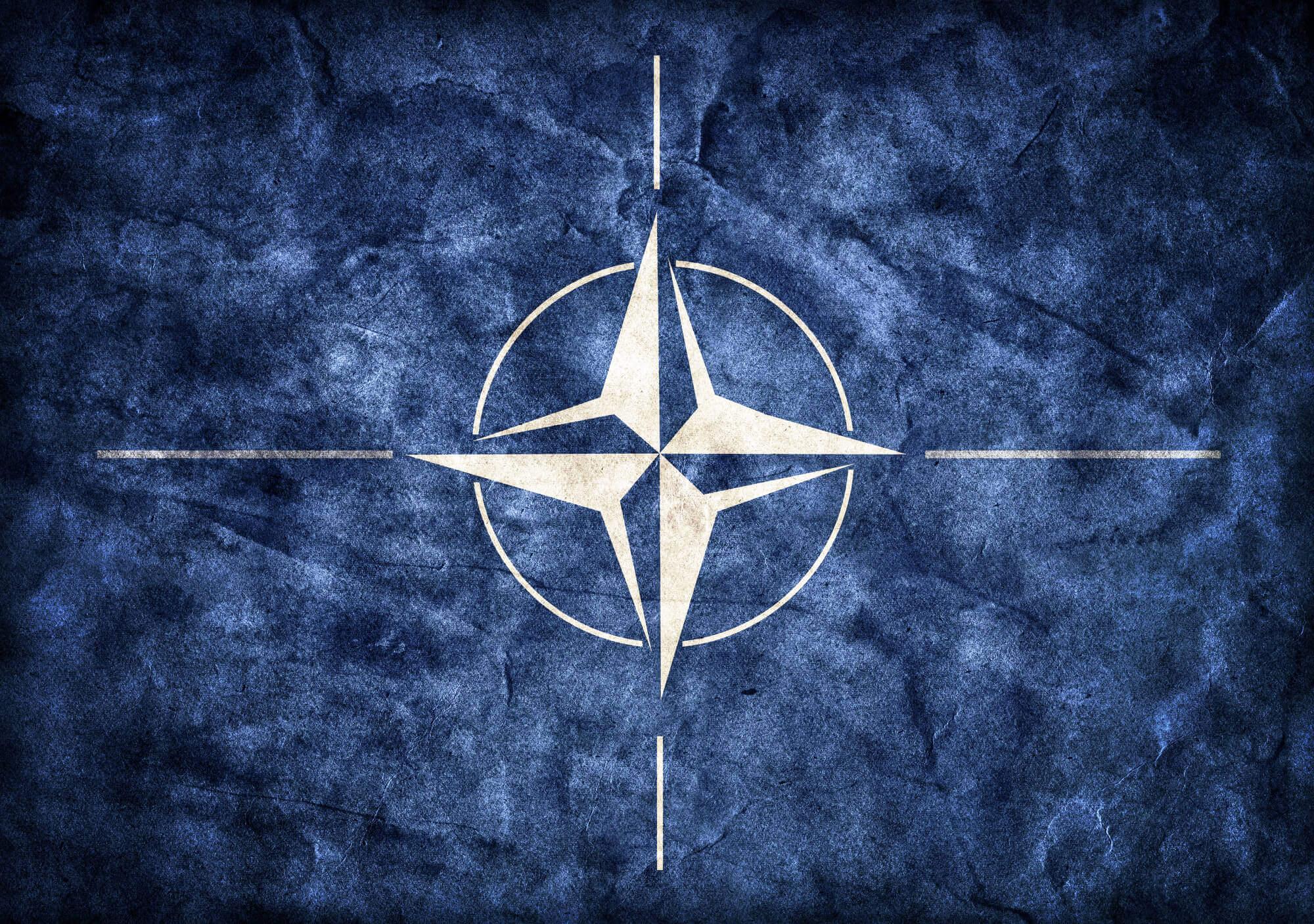 Пусть уже будет НАТО! VoxCheck разграничивает желаемое и реальность