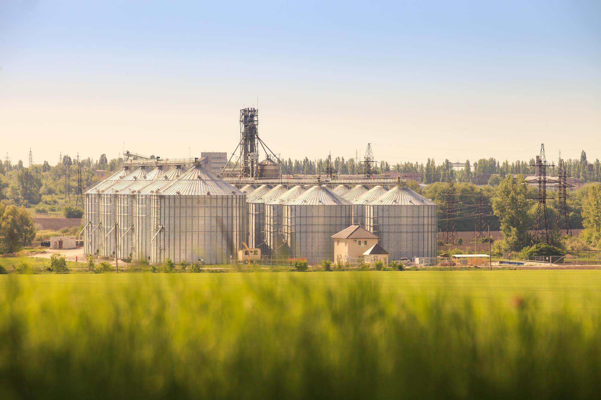 Агрохолдинги та аграрна наука в Україні: проблеми співіснування