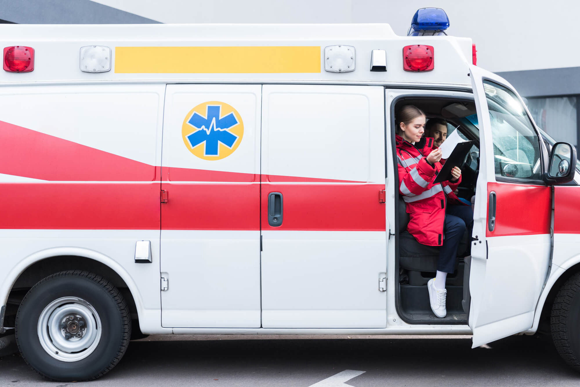 New Requirements for the Ambulance Crew. Will the Paramedic Replace the Doctor?