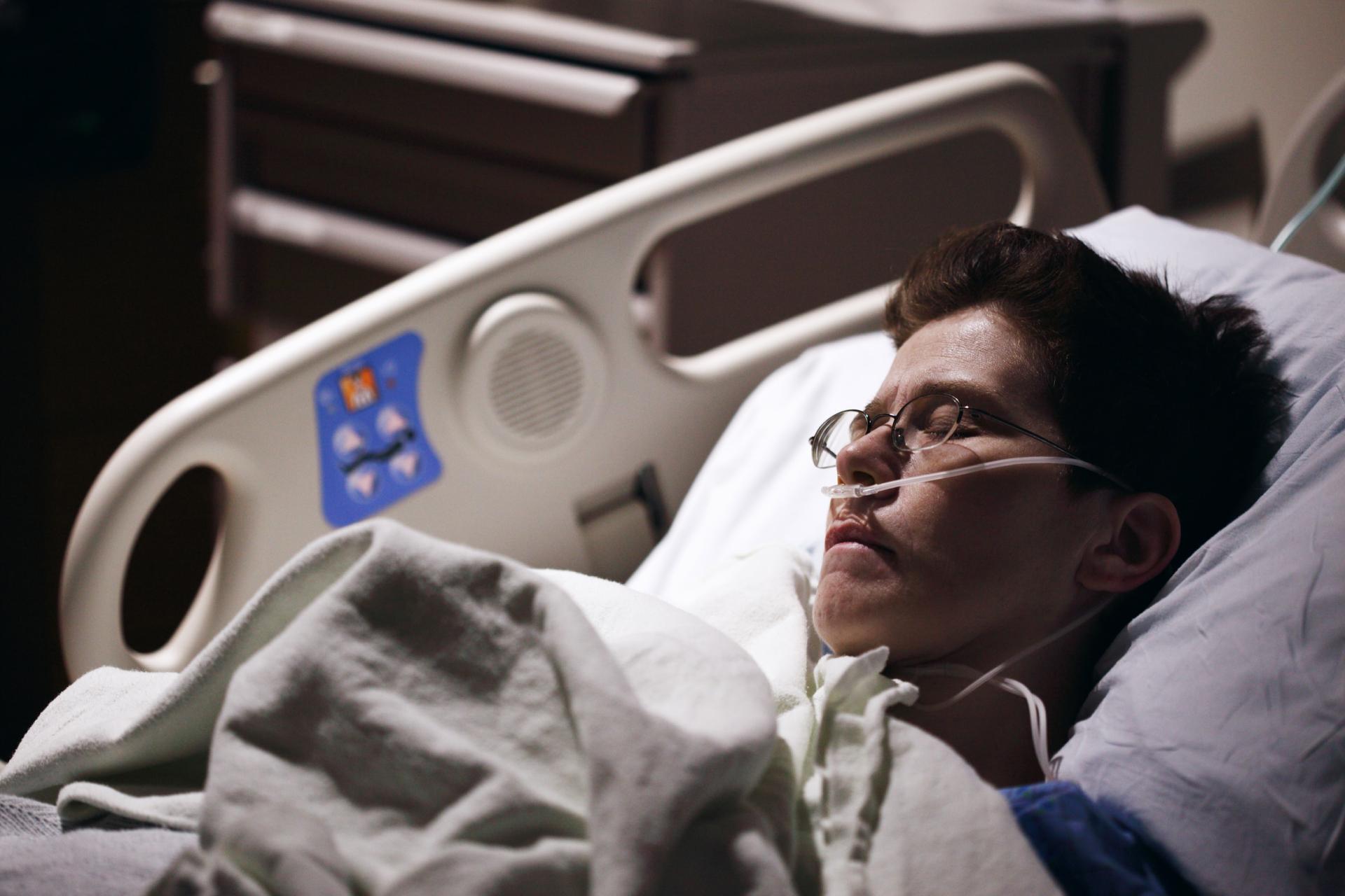 Чи вистачить українцям медичного кисню? VoxCheck пояснює