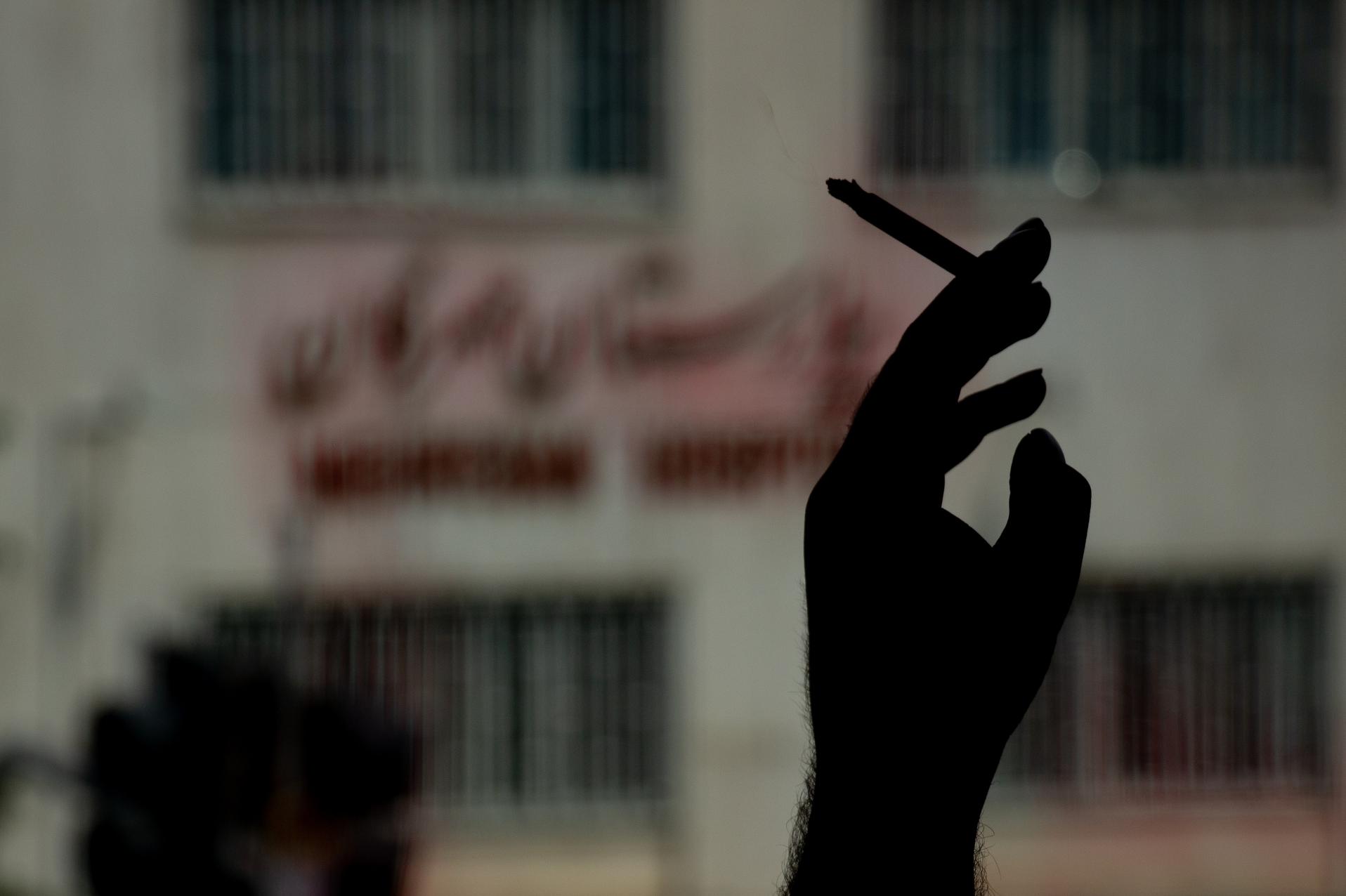 Менше – значить більше? Чому у «слуг» пропонують знизити акцизи на тютюн