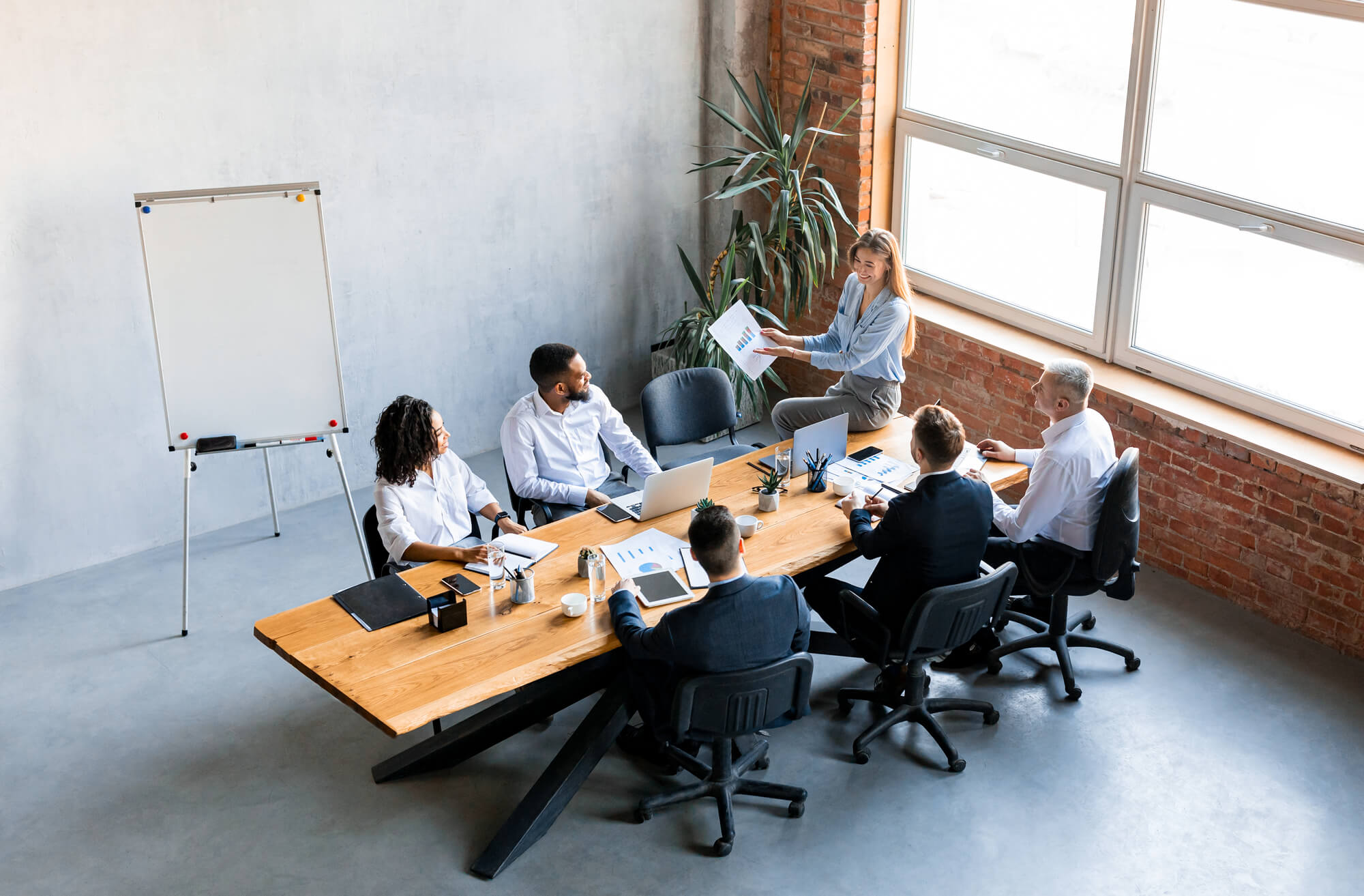 Несподіваний спосіб поліпшення результатів роботи компаній: ефективне управління проблемами влади в організації