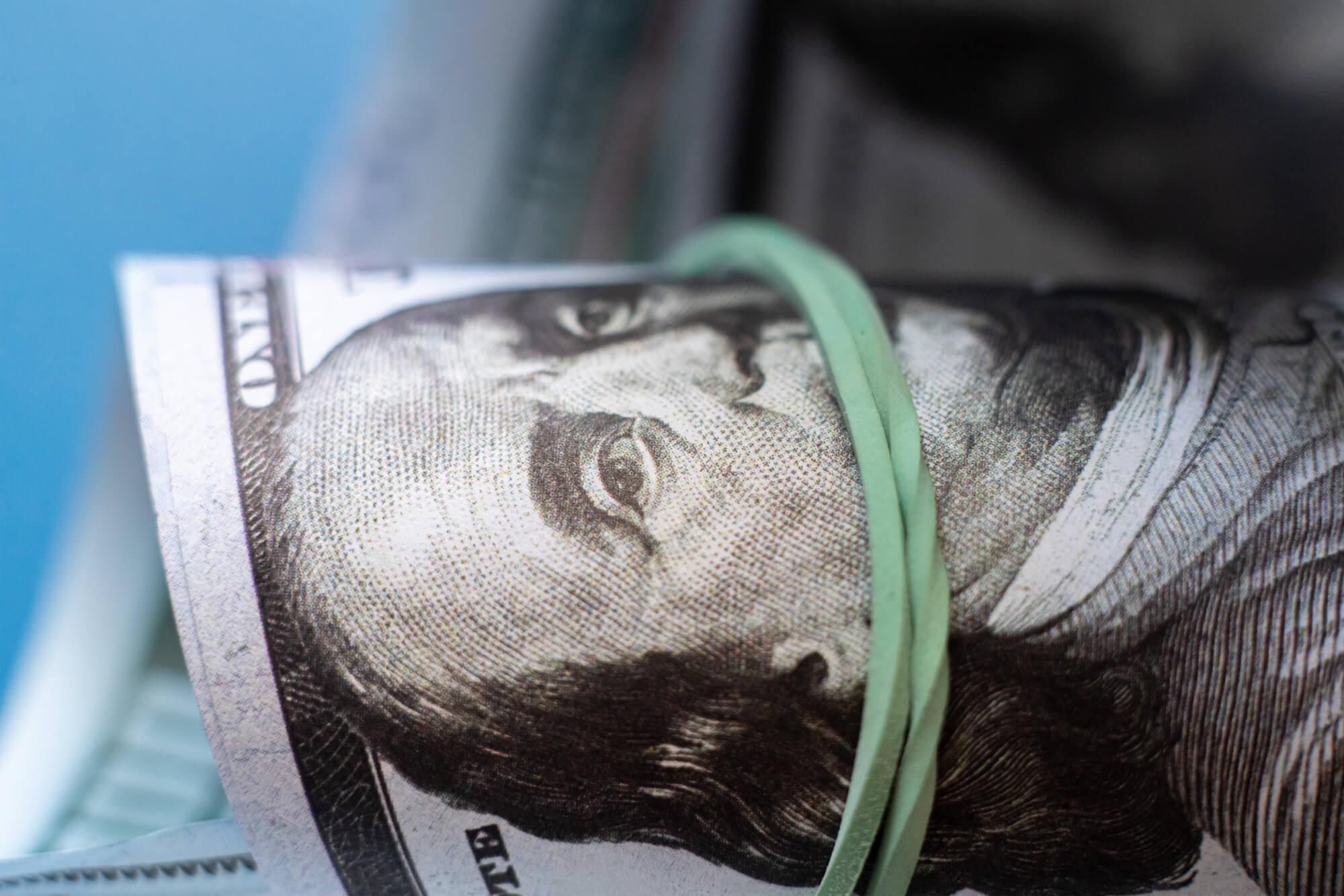 «Що з економікою»: Ілона Сологуб та Гліб Вишлінський проаналізували статтю міністра економіки